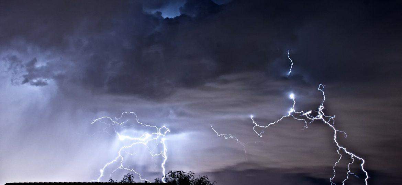 lightning-77584_1280