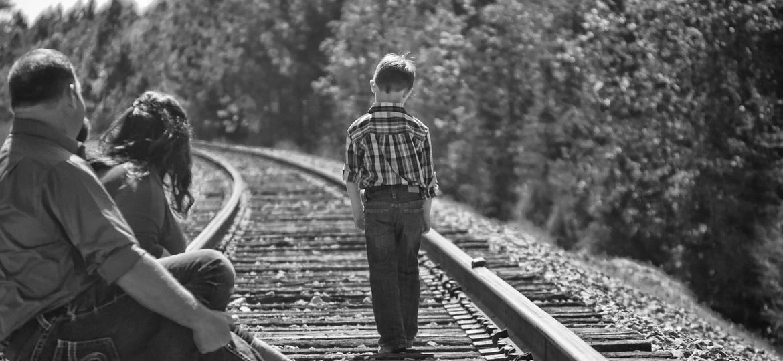 parents:boy:traintracks